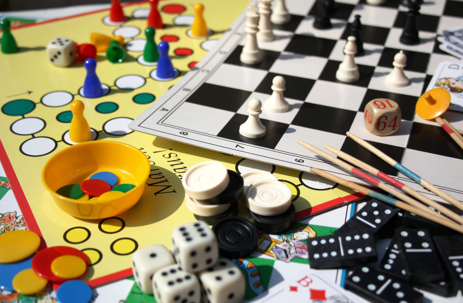 Classic Board Games Windows 10 PC and Mobile